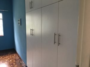 Azcon - Cottage 5 -Cupboards 01